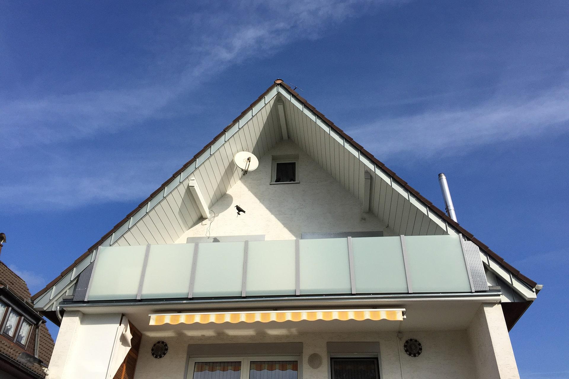 Fassade mit Stehfalz